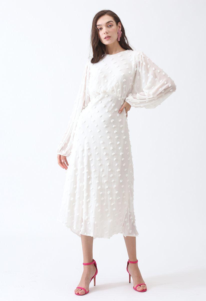 絨球裝飾薄紗長連衣裙--白色