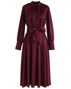 蝴蝶結繫帶緞面連衣裙--酒紅色